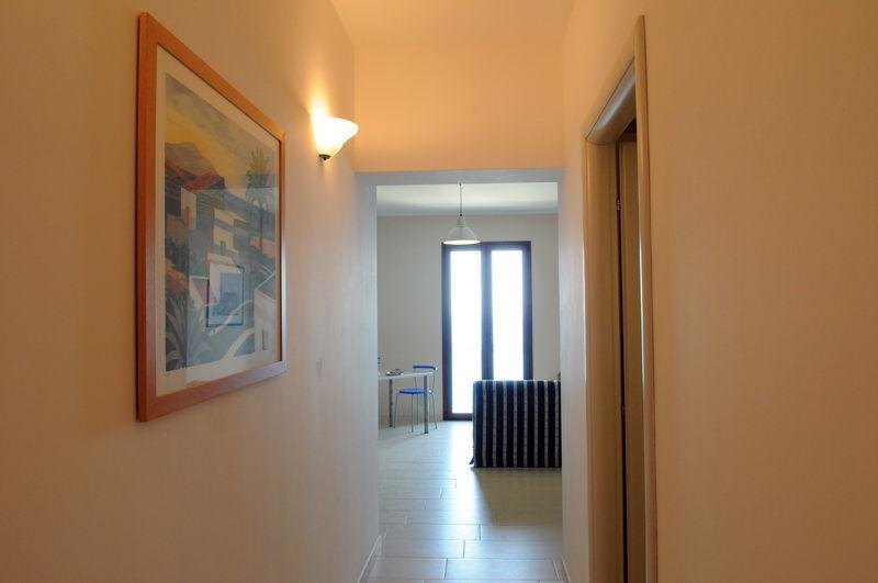 Entrata Affitto Appartamento 72732 Finale di Pollina