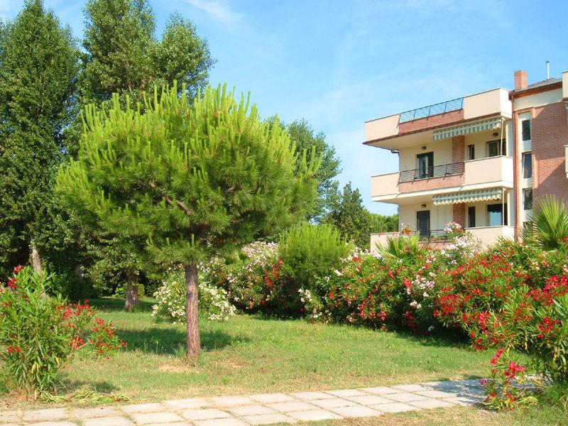 Vista esterna della casa vacanze Affitto Appartamento 23634 Giulianova