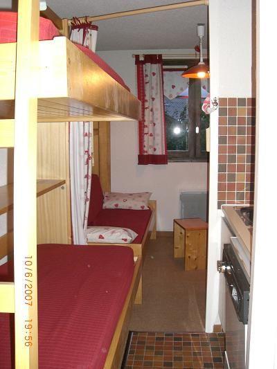 Zona notte aperta Affitto Monolocale 27715 Les Carroz d'Araches