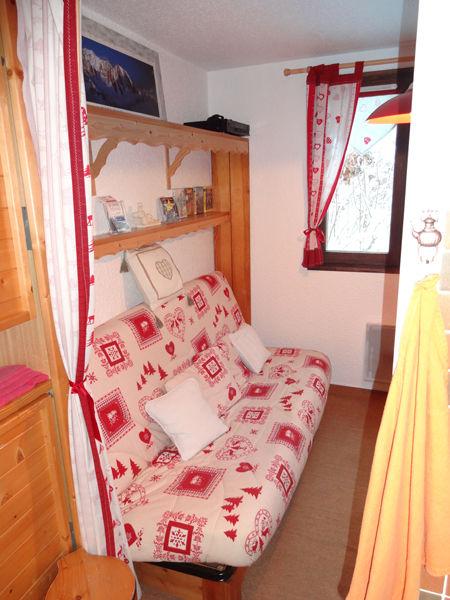 Zona notte cabina Affitto Monolocale 27715 Les Carroz d'Araches