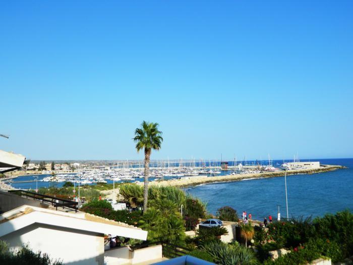 Vista dalla casa vacanze Affitto Appartamento 34177 Marina di Ragusa