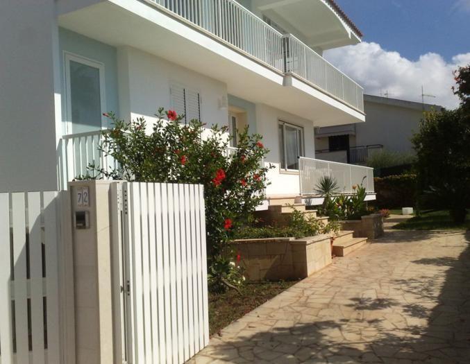 Entrata Affitto Appartamento 34177 Marina di Ragusa