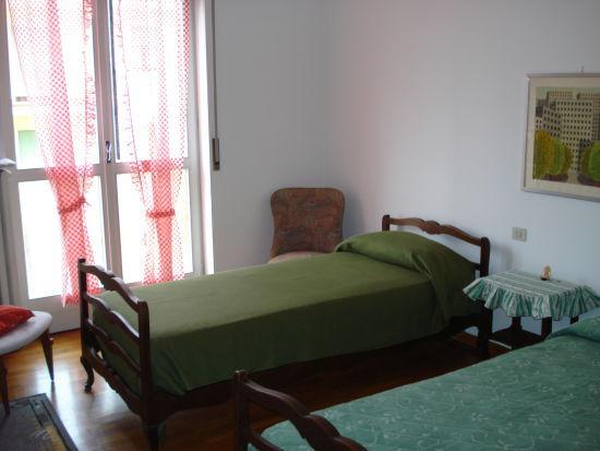 Camera 2 Affitto Appartamento 36668 Arona