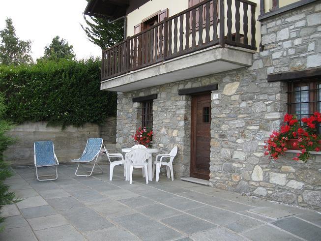 Vista esterna della casa vacanze Affitto Monolocale 37723 Sarre