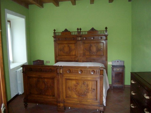 Camera 3 Affitto Villa  38515 Iseo