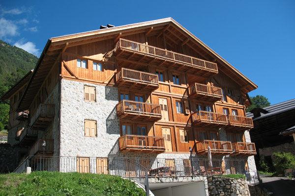 Vista esterna della casa vacanze Affitto Appartamento 39767 Folgarida