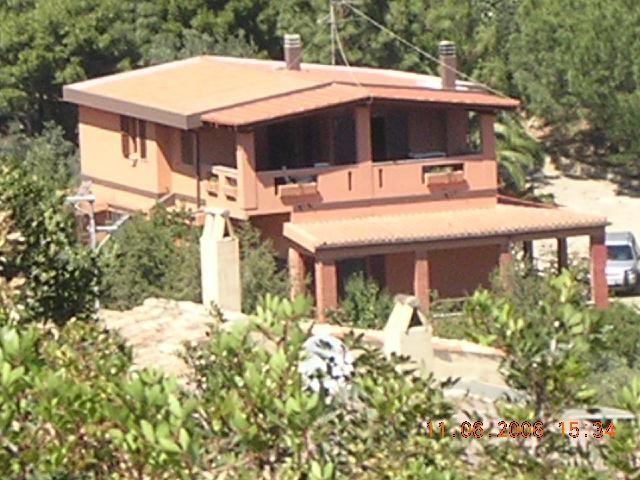 Vista esterna della casa vacanze Affitto Villa  97576 Villasimius