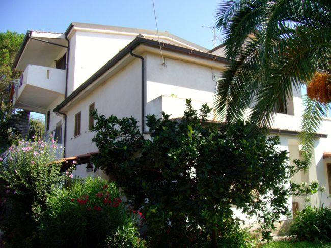 Vista esterna della casa vacanze Affitto Appartamento 74466 Capo Vaticano