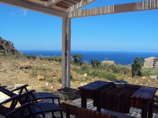 Vista esterna della casa vacanze Affitto Appartamento 80627 Scopello