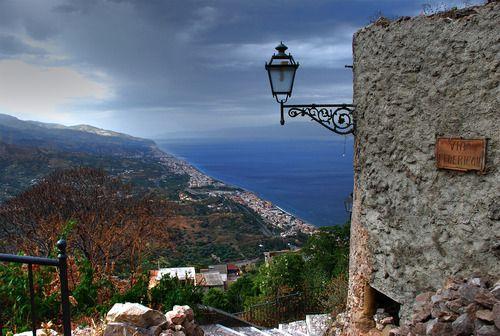 Vista nelle vicinanze Affitto Appartamento 98800 Taormina