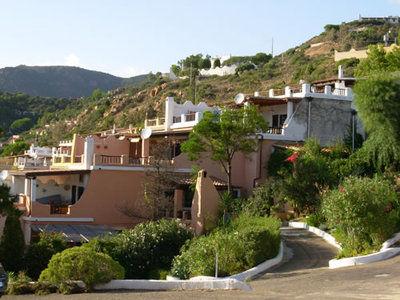 Vista esterna della casa vacanze Affitto Appartamento 75425 Chia