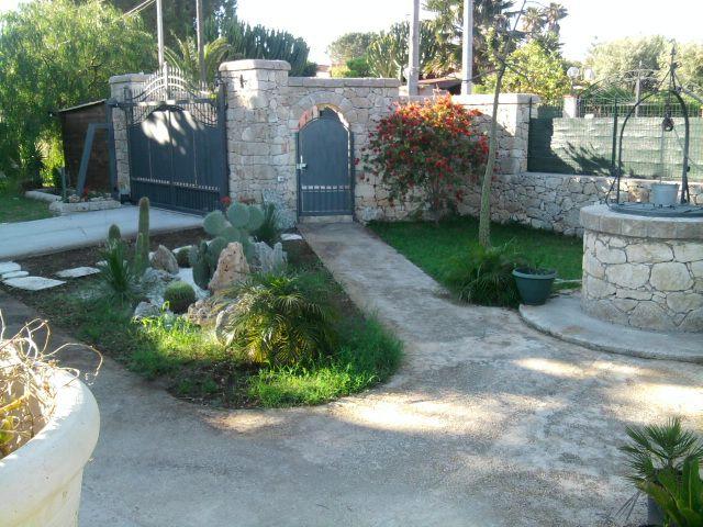 Entrata Affitto Villa  94530 Avola