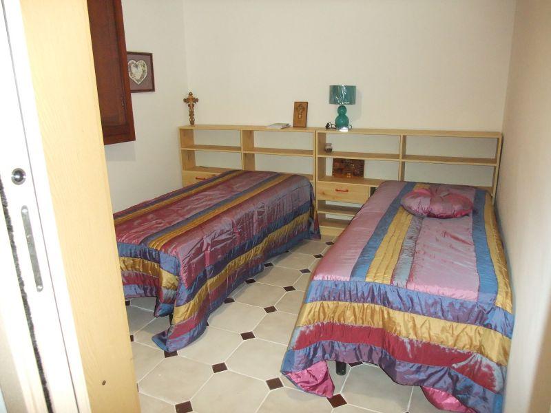 Camera 2 Affitto Villa  108381 Castellammare del Golfo