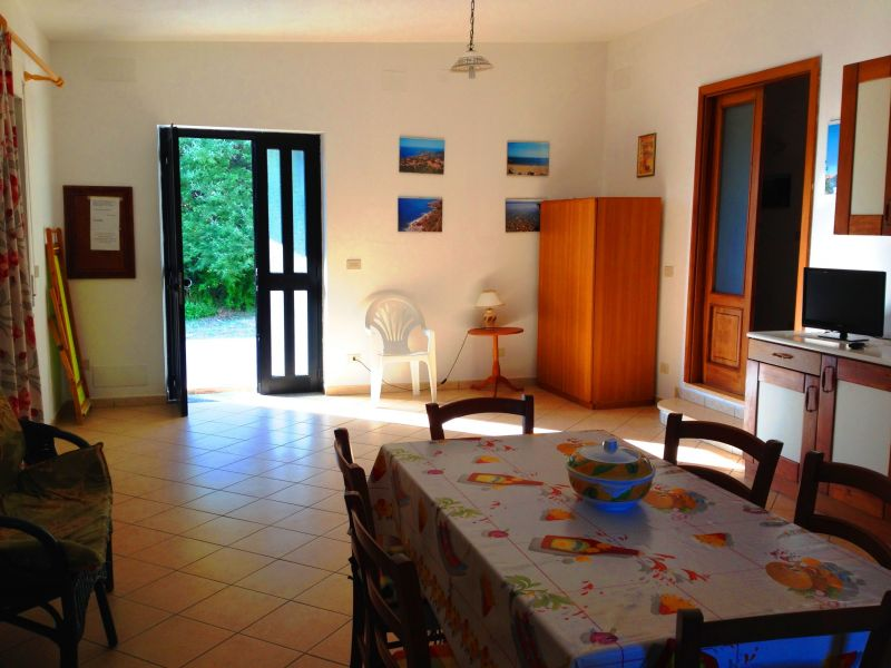 Sala da pranzo Affitto Villa  113969 Joppolo