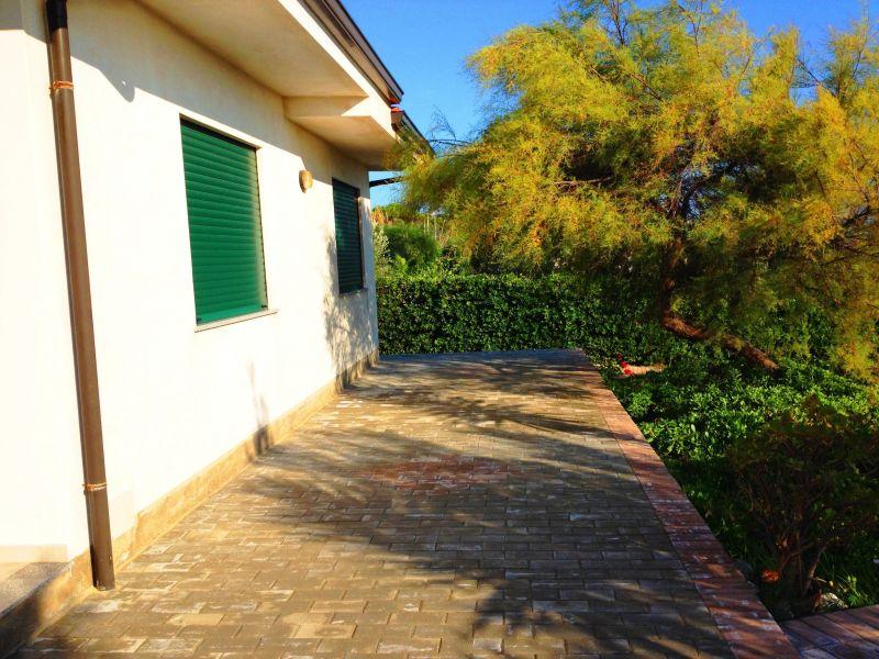 Giardino Affitto Villa  113969 Joppolo