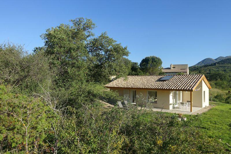 Vista esterna della casa vacanze Affitto Casa 118065 Digne