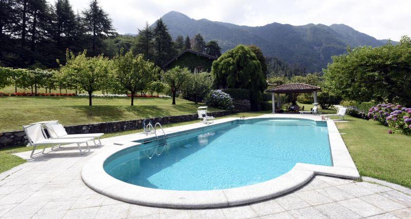 Piscina Affitto Villa  118456 Castelveccana