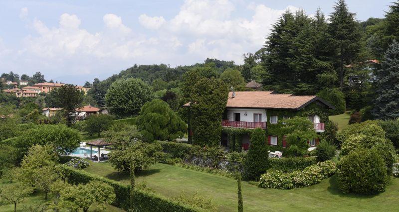 Vista dalla casa vacanze Affitto Villa  118456 Castelveccana