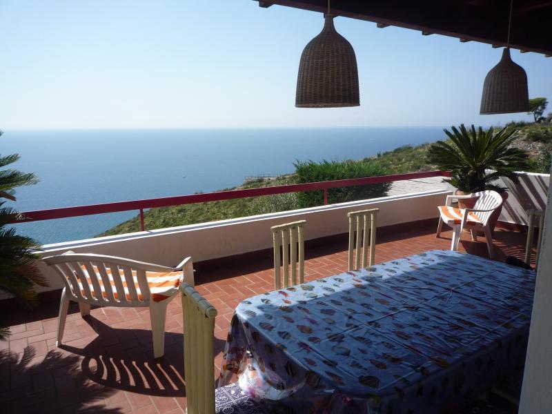Veranda Affitto Villa  70140 Sperlonga