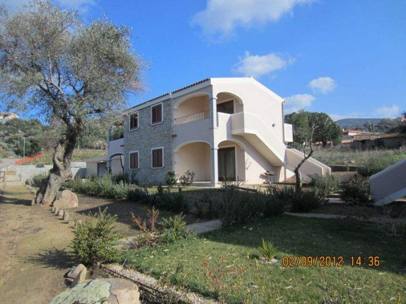 Vista esterna della casa vacanze Affitto Appartamento 80778 Badesi