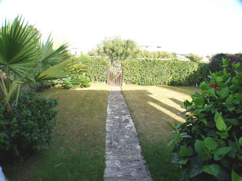Entrata Affitto Villa  92417 Pula