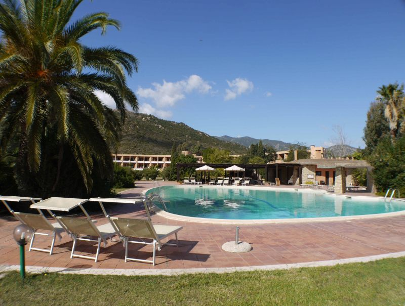 Piscina Affitto Villa  92417 Pula