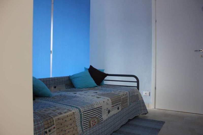 Camera 2 Affitto Villa  100570 Imperia