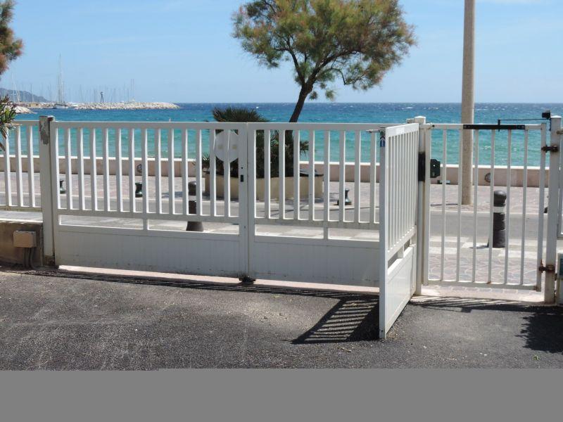 Parcheggio Affitto Monolocale 105610 Le Lavandou