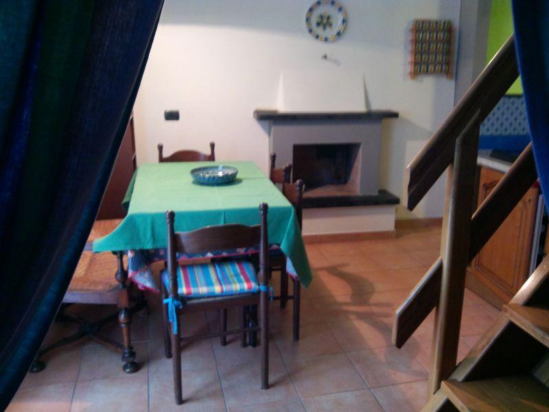 Sala da pranzo Affitto Appartamento 106343 Levanto