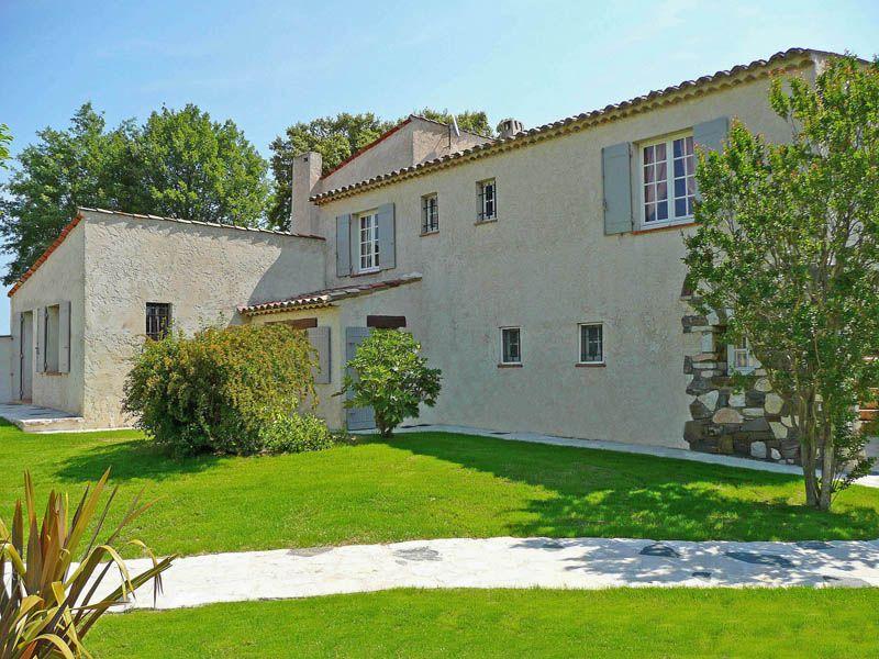 Vista esterna della casa vacanze Affitto Villa  109162 Saint Tropez