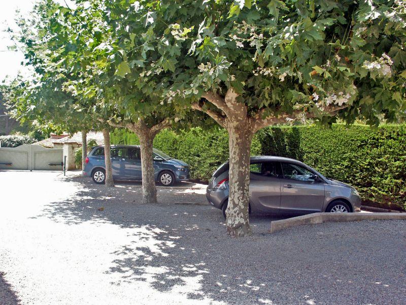 Parcheggio Affitto Villa  109162 Saint Tropez
