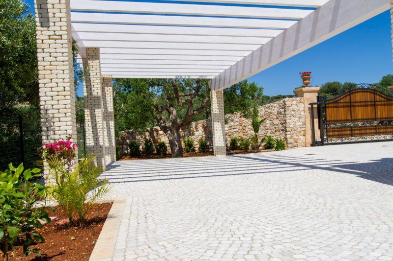 Parcheggio Affitto Villa  109764 Santa Maria di Leuca