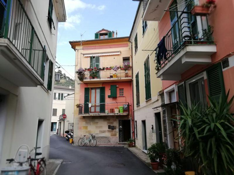 Vista esterna della casa vacanze Affitto Appartamento 75506 Levanto