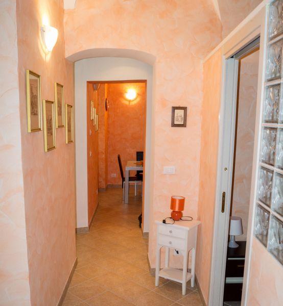 Entrata Affitto Appartamento 79637 Bordighera