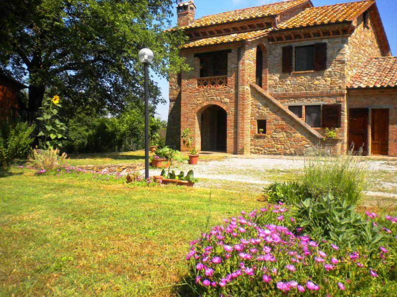 Vista esterna della casa vacanze Affitto Casa 87280 Cortona