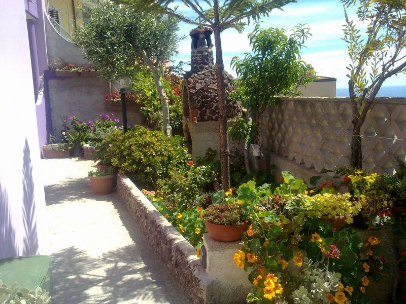 Giardino Affitto Appartamento 90605 Cala Gonone