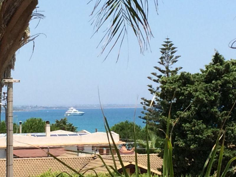 Vista dalla casa vacanze Affitto Villa  93429 Avola
