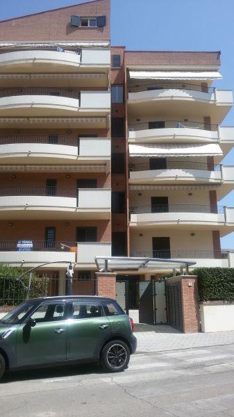 Vista esterna della casa vacanze Affitto Appartamento 93590 Alba Adriatica