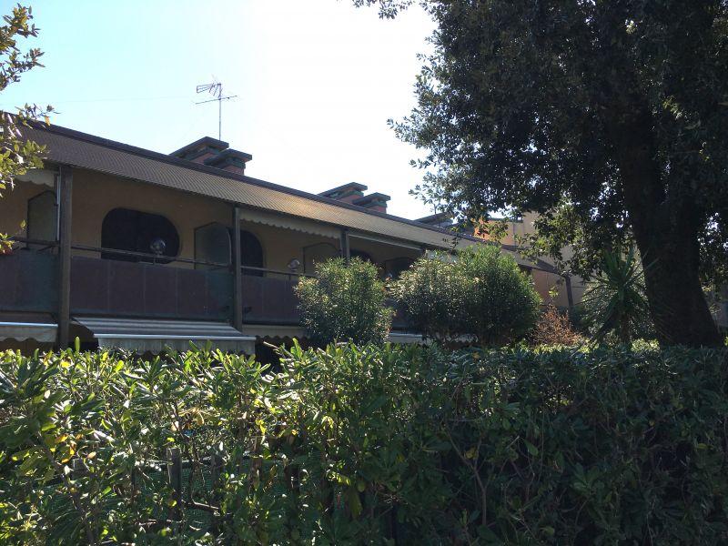 Vista dalla casa vacanze Affitto Appartamento 106079 Tirrenia