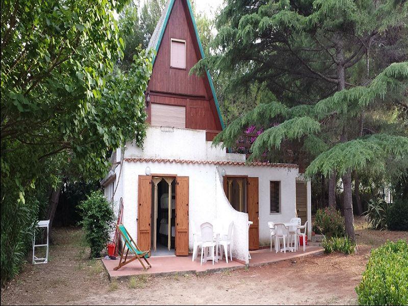 Vista esterna della casa vacanze Affitto Appartamento 108992 Peschici