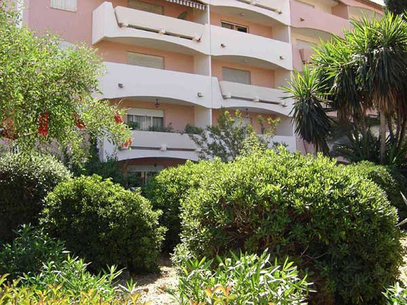 Vista esterna della casa vacanze Affitto Monolocale 109105 Hyères