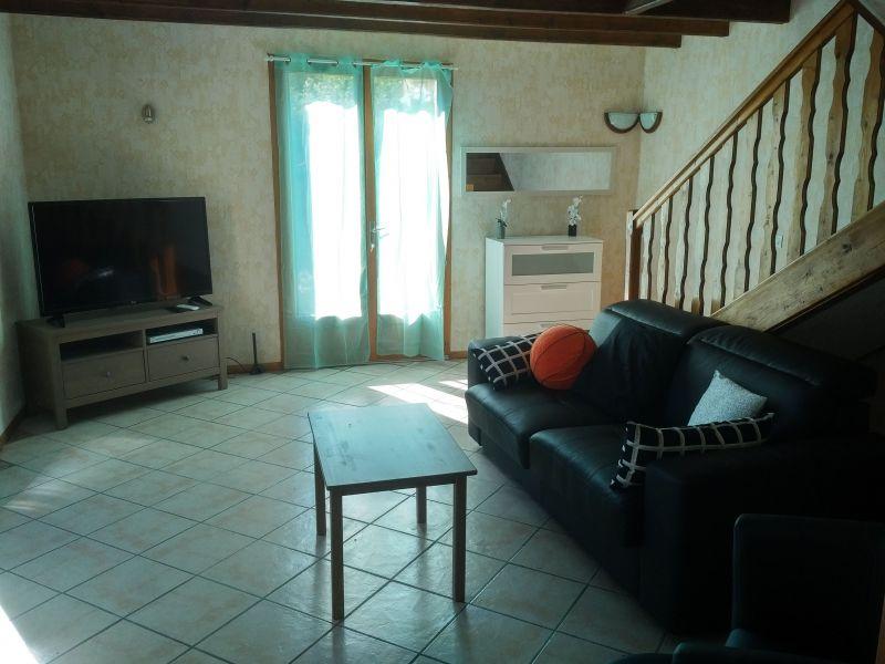 Salotto Affitto Villa  115667 Gap