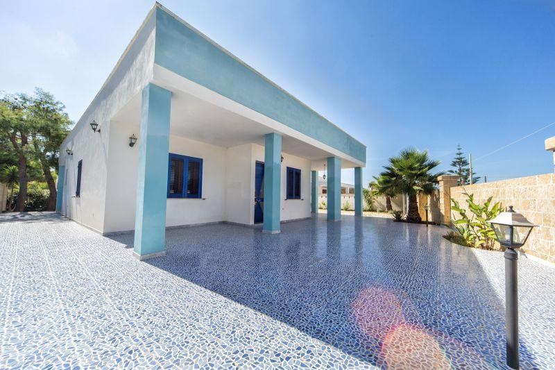 Vista esterna della casa vacanze Affitto Villa  71459 Gallipoli