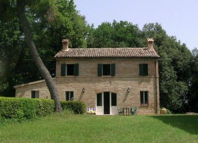 Vista esterna della casa vacanze Affitto Villa  71799 Osimo