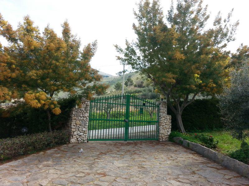 Parcheggio Affitto Villa  77449 Castellammare del Golfo