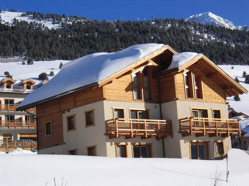 Vista esterna della casa vacanze Affitto Appartamento 100869 Monginevro