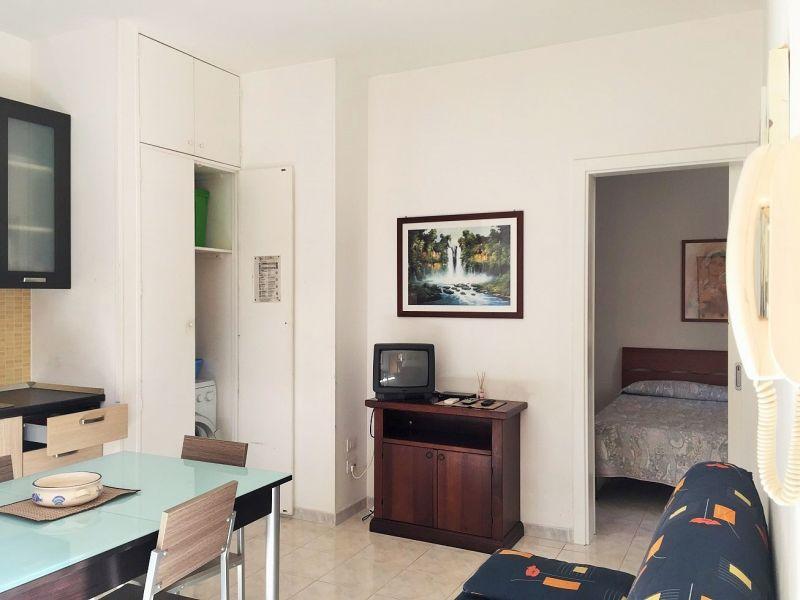 Soggiorno Affitto Appartamento 102767 Gallipoli
