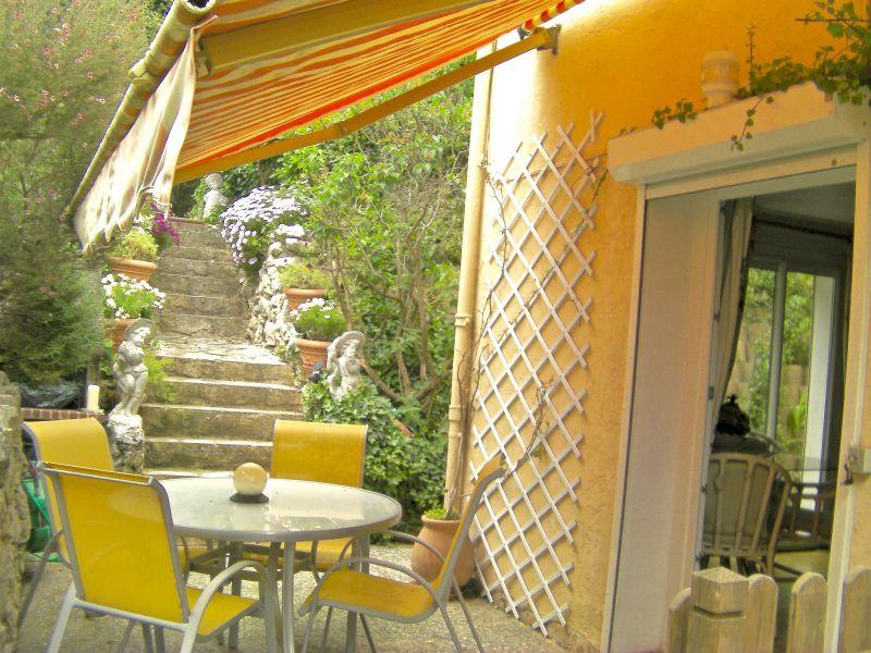 Vista dal terrazzo Affitto Appartamento 106323 Antibes