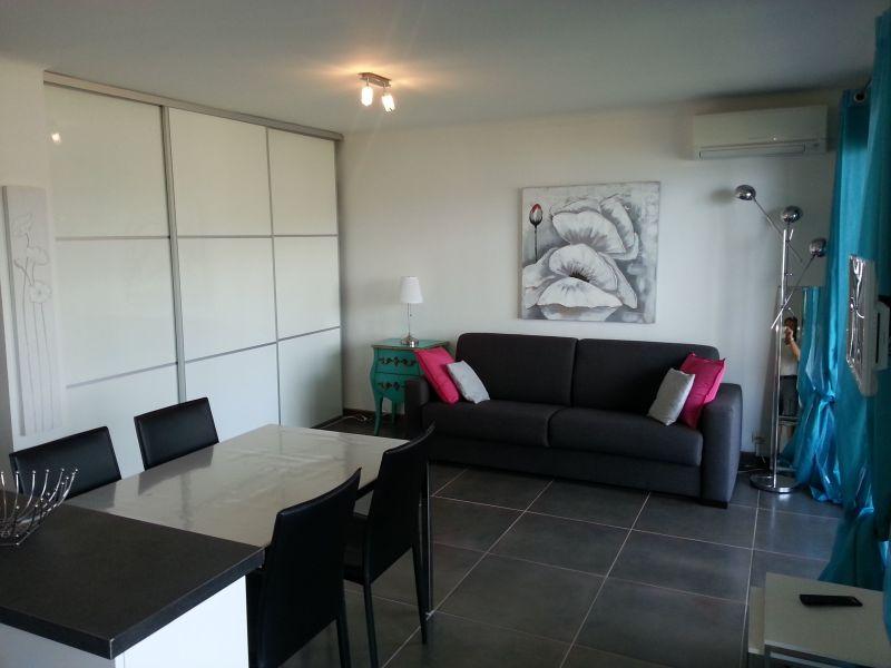 Salotto Affitto Appartamento 107760 Le Lavandou