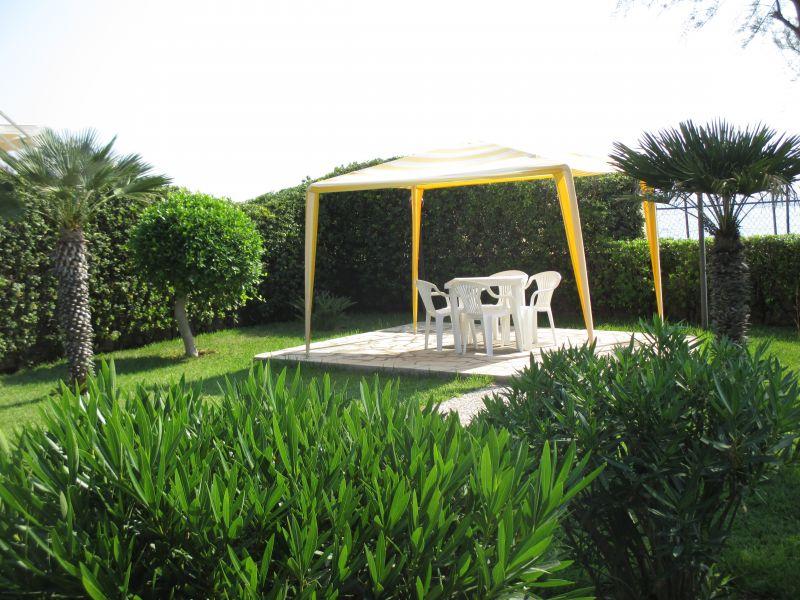 Giardino Affitto Villa  108590 Avola